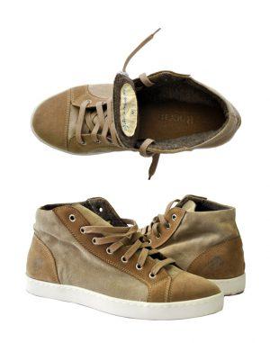 sneaker1b